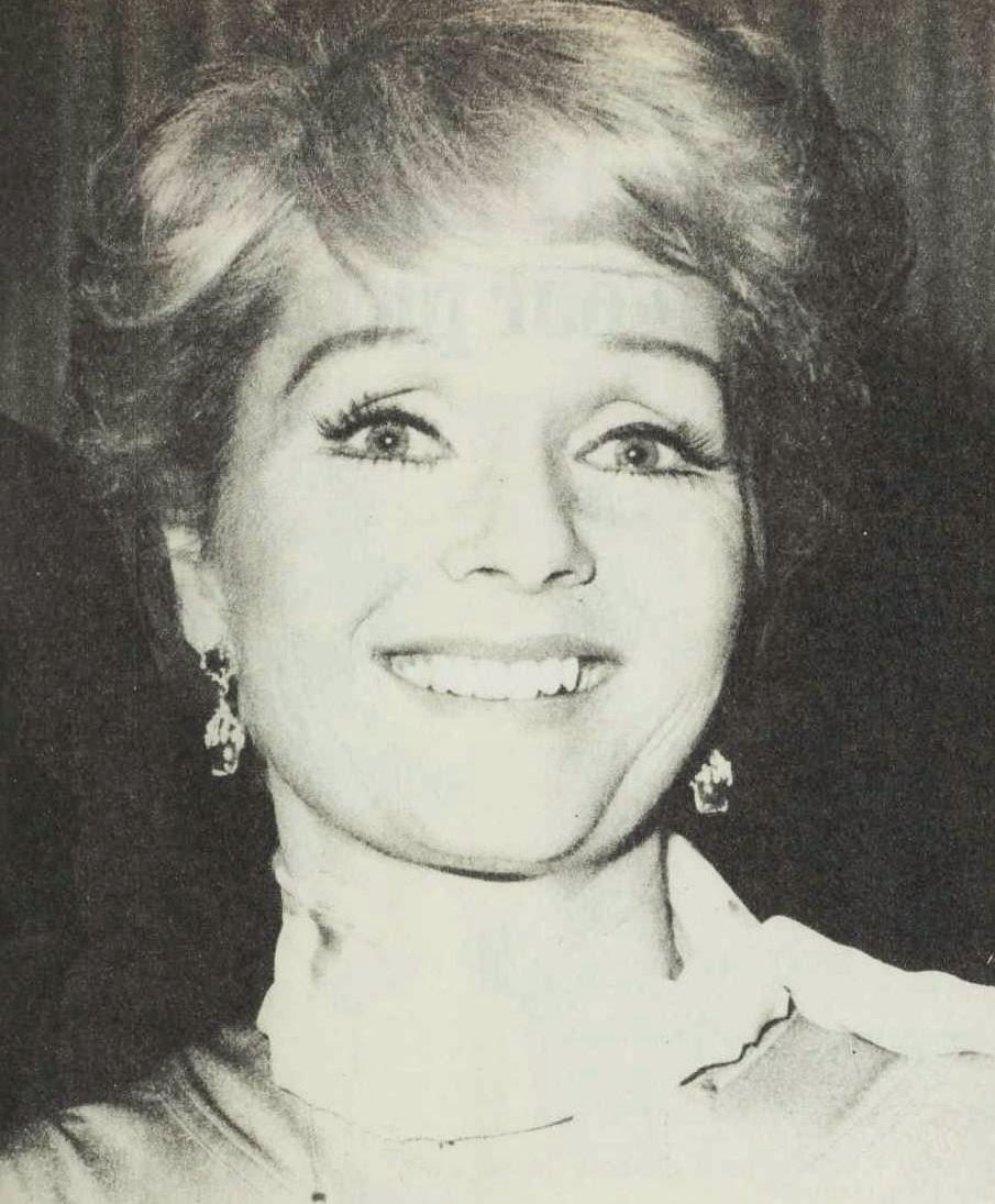 Debbie Reynolds age 45, 1977