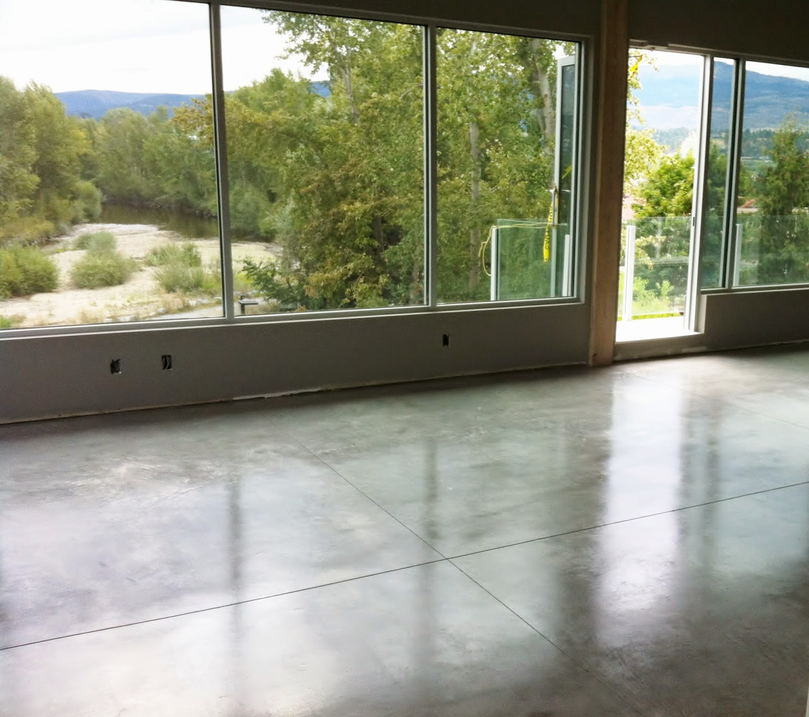 MODE CONCRETE Considering Modern Concrete Floors in your Home or