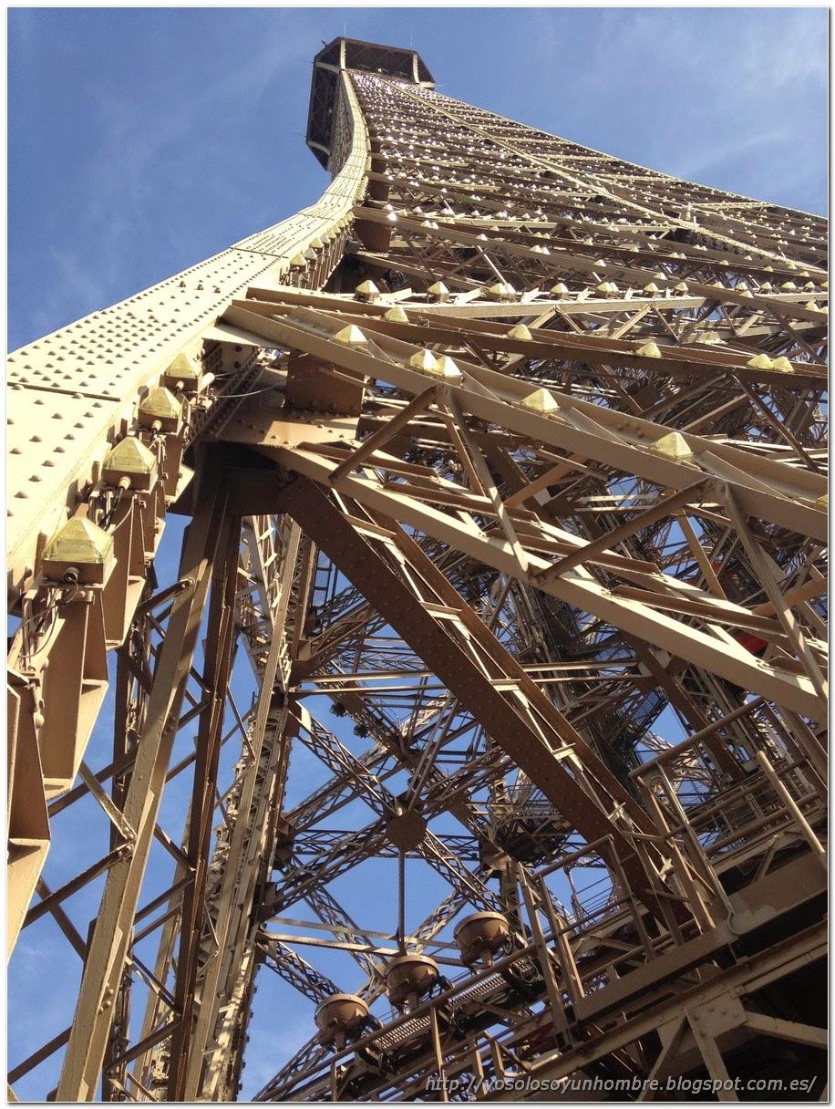 Torre Eiffel, de hierro hierro