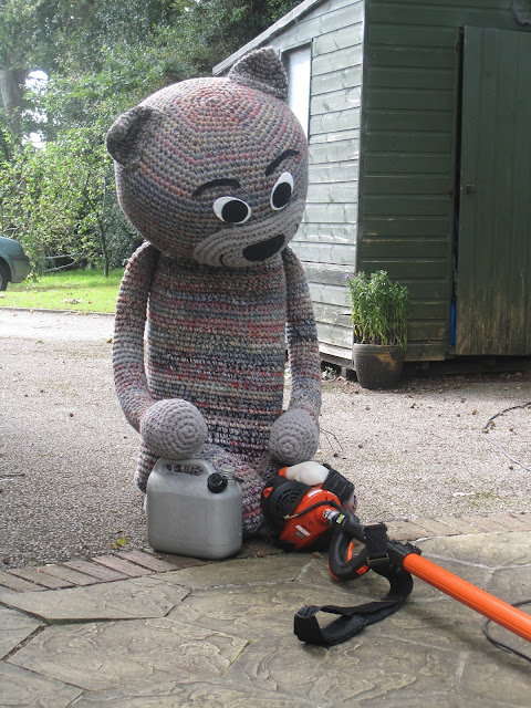Chester Fiddly Fingers crochet cat filling hedge cutter with petrol