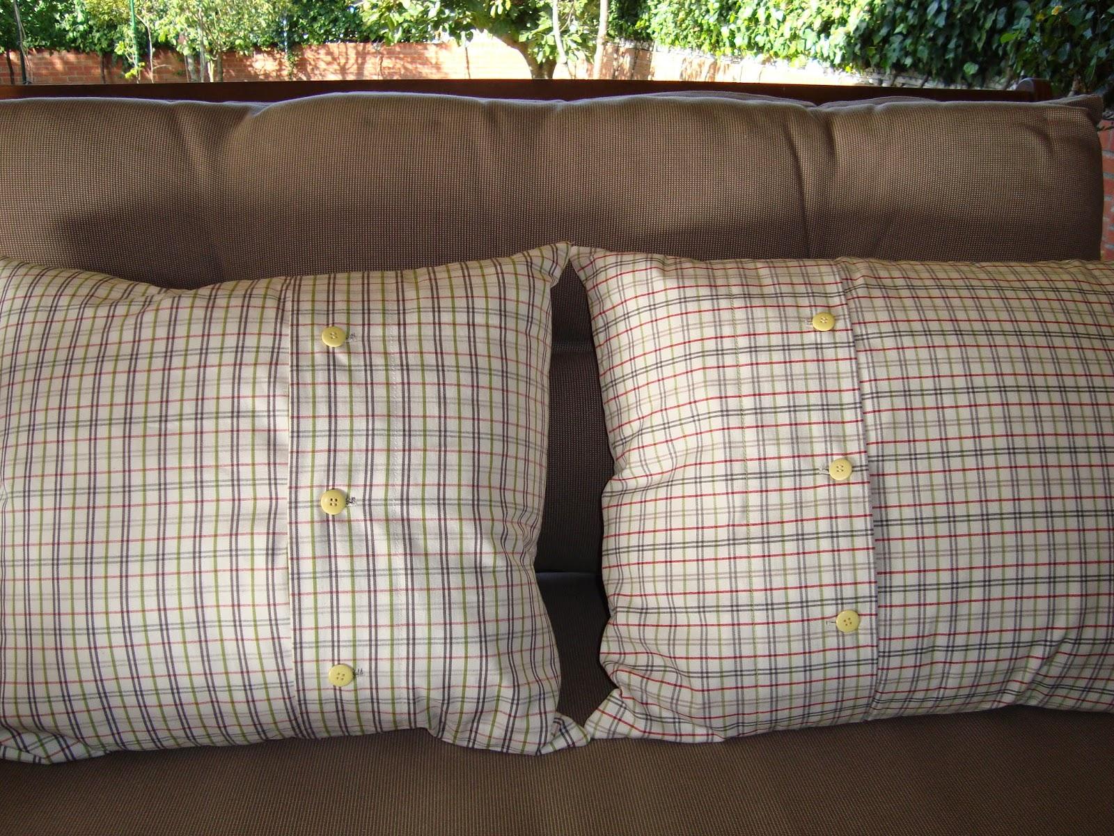 Kasalunatica cojines verdes for Telas tapiceria ikea