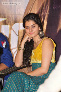 Tapsee-at-Sahasam-Special-Show