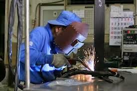 Những điều cần biết khi tham gia đơn hàng hàn bán tự động lao động tại Nhật Bản