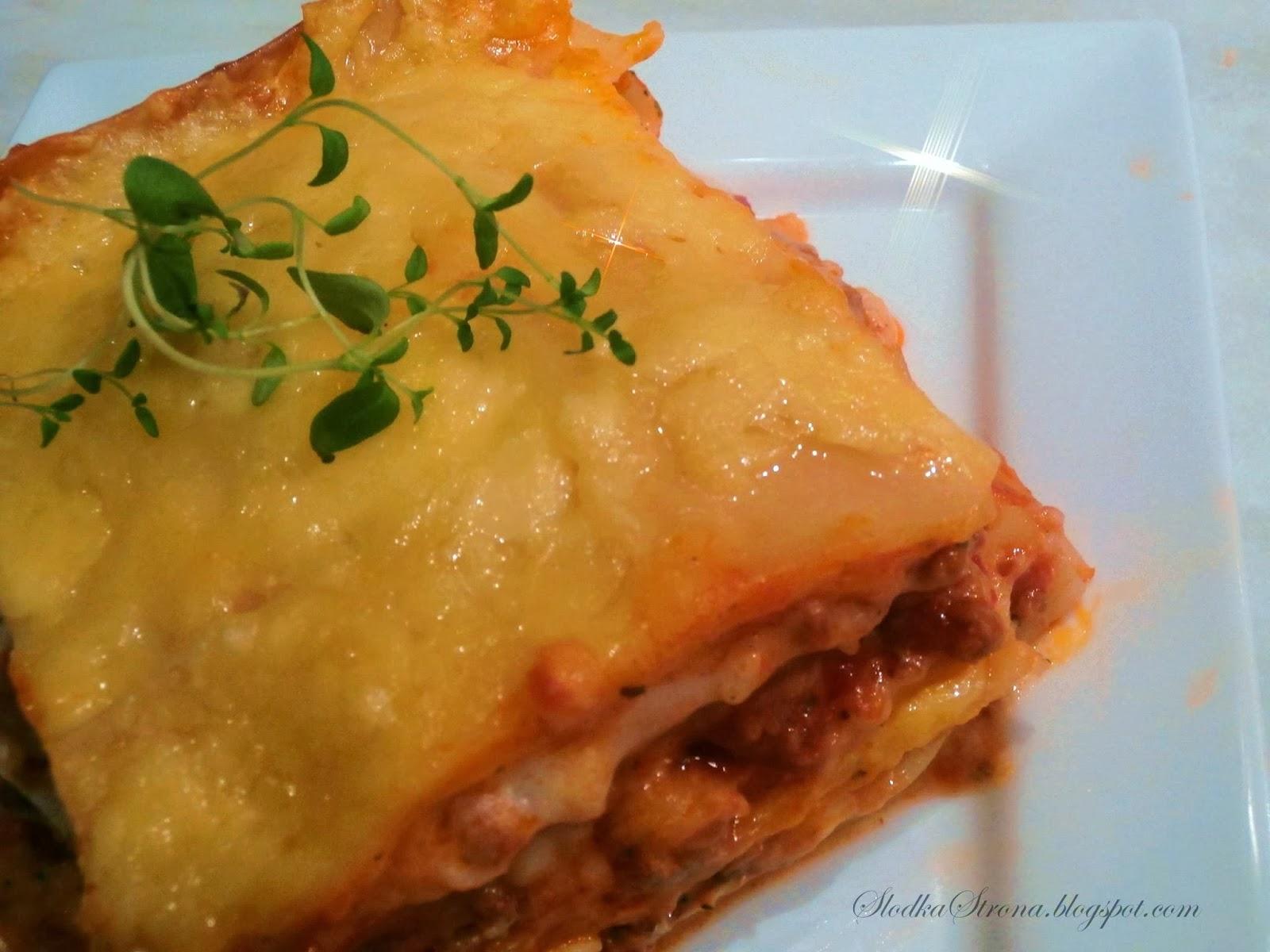 Lasagne z Mięsem, Sosem Pomidorowym i Beszamelowym - przepis - Słodka Strona