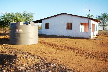 Programa Água para Todos contempla Limoeiro com distribuição de cisternas
