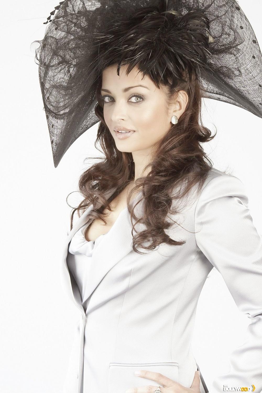 Aishwarya Rai Exclusive Hot Photos, HD Wallpapers, Latest ...