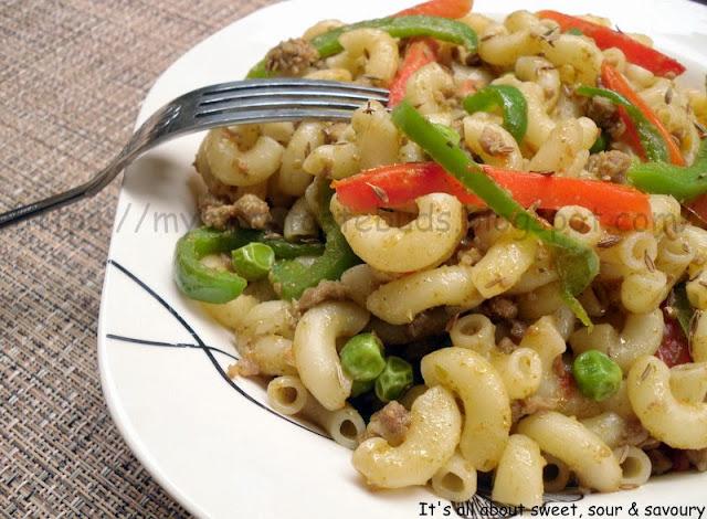Qeema Veggie Macaroni