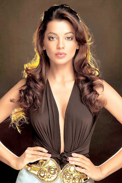 Mugdha Godse HD Wallpaper