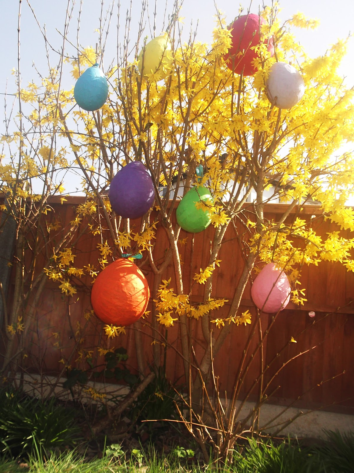 easter egg pinata instructions