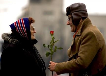Cử chỉ lãng mạn của người già