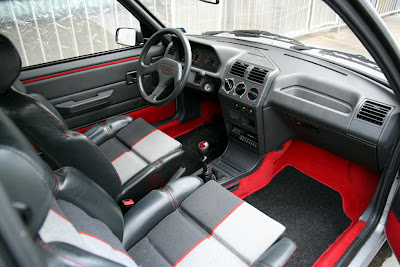 coches de los 80 peugeot 205 interior