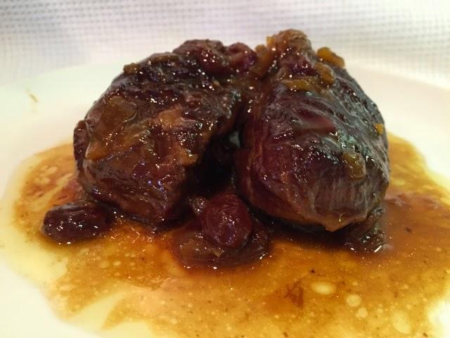 La cocina de mami carrilleras ibericas con salsa de pedro for Cocinar carrilleras de cerdo