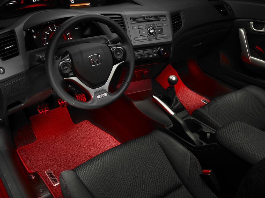 The New Civic Offer The HFP Floor Mats Which Are Red. They Look Good But  The Interior Is Still Mainly Black.