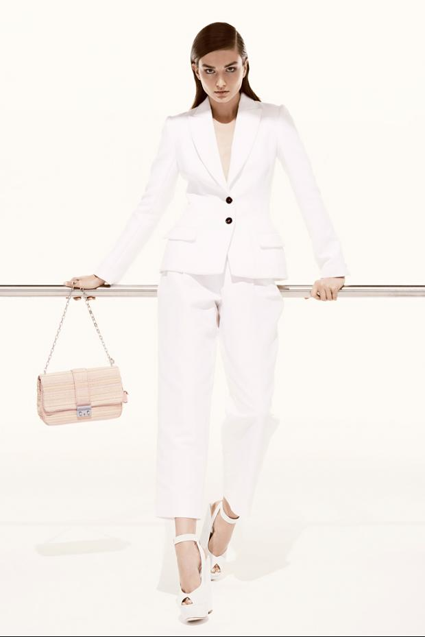 Pearls, Bows and Runways: Christian Dior Resort / Pre ...