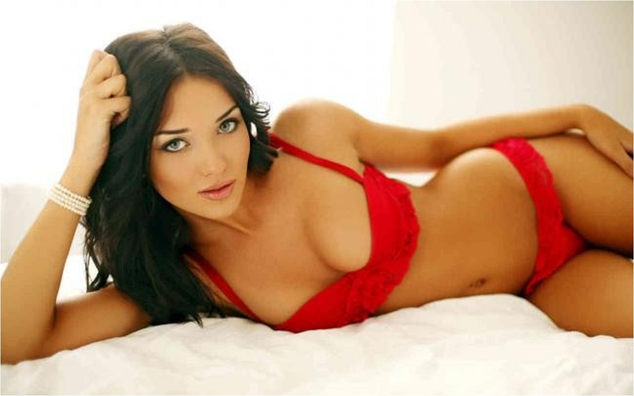 Amy Jackson Hot Wallpapers, Images, Stills, Photos Download ...