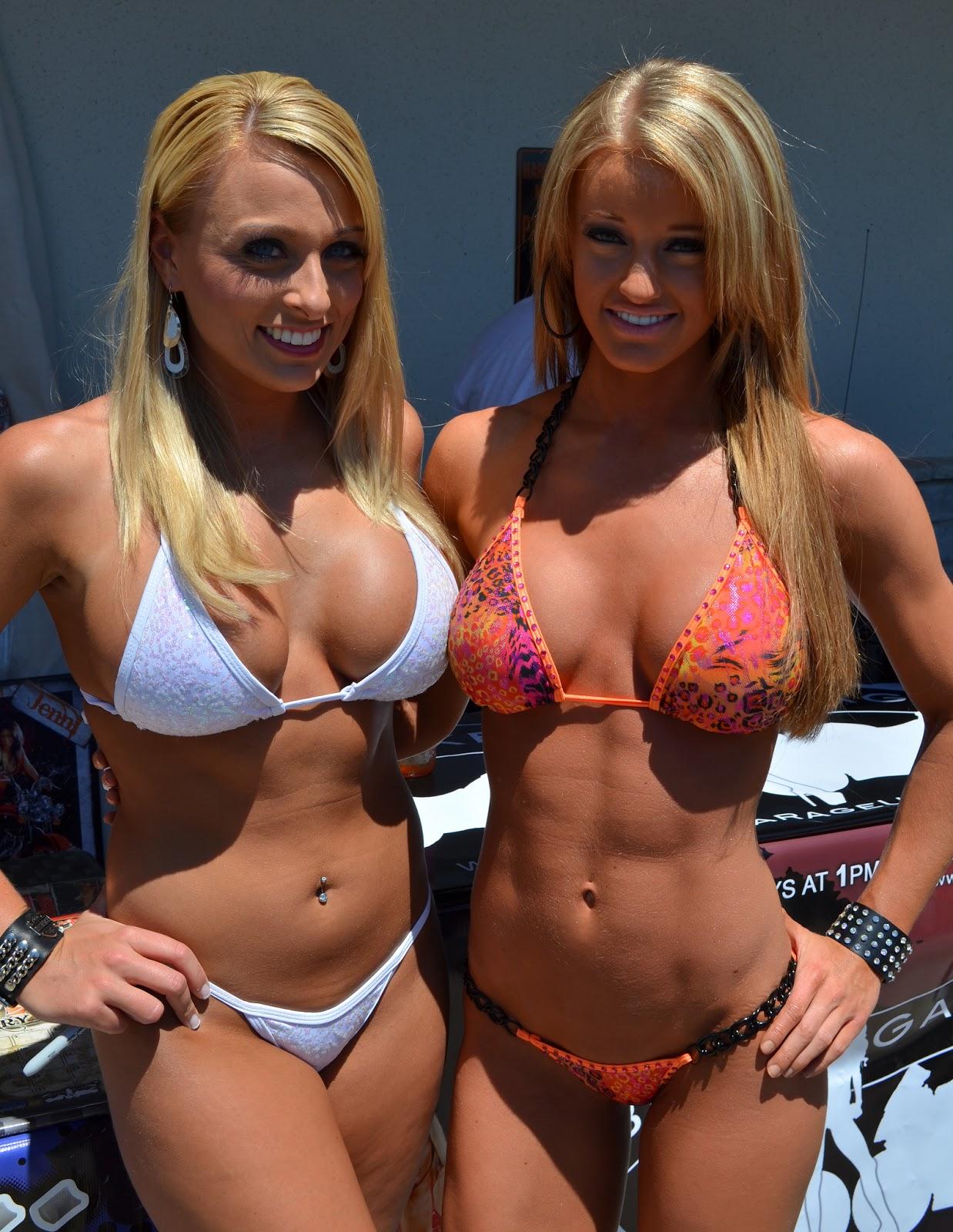 hot chics big tits