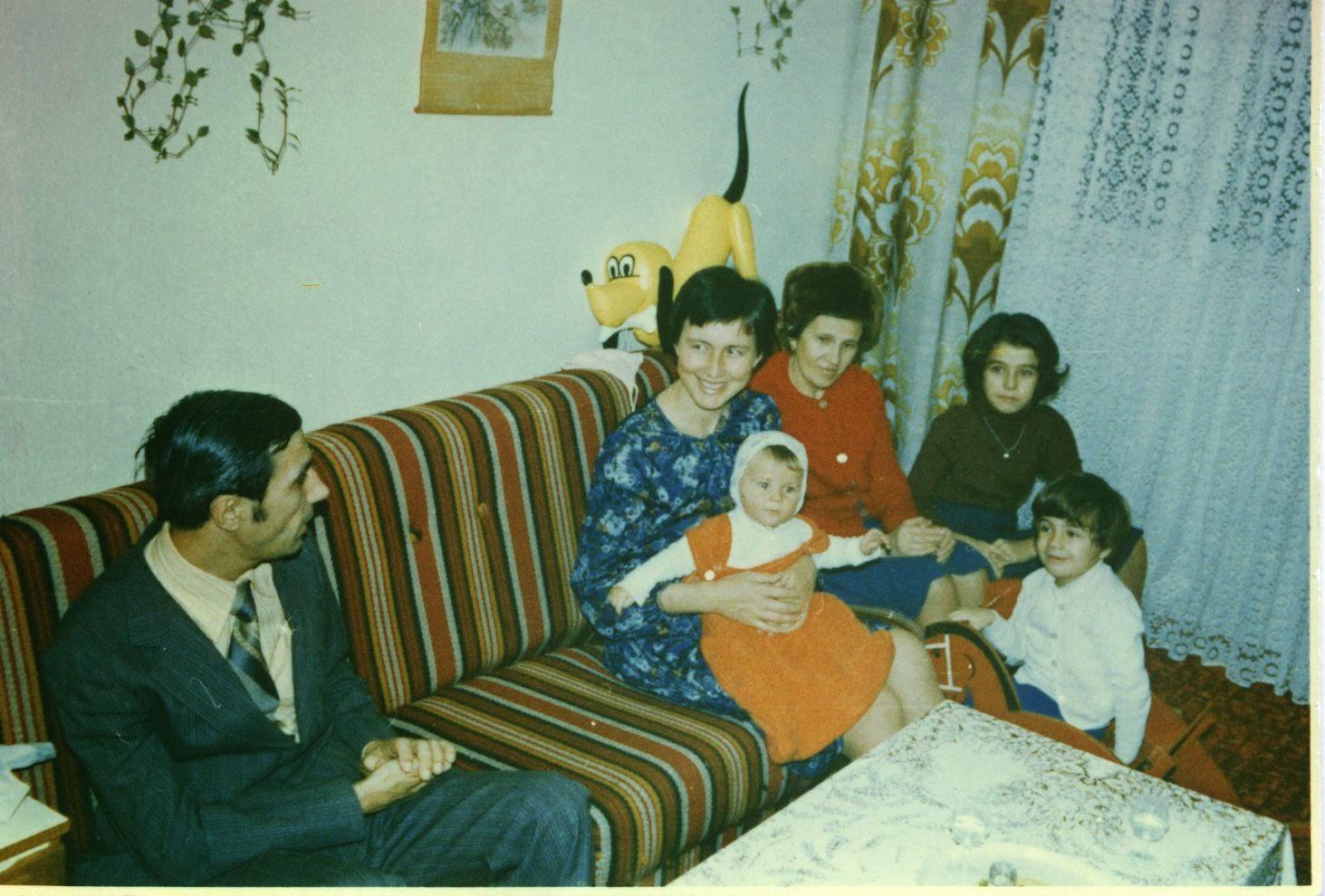 Olivia Maria, Nicolae, Magdalena, Silviu Marcov, Maria, Irina Craciunas in 1980 Bucharest sector 6