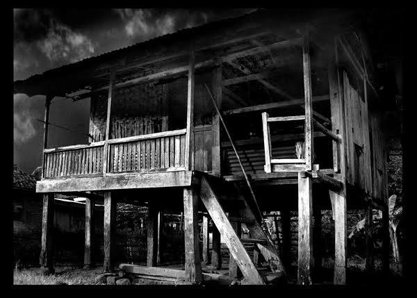 Misteri Rumah Tua (By Adi Satriawan Part 1)