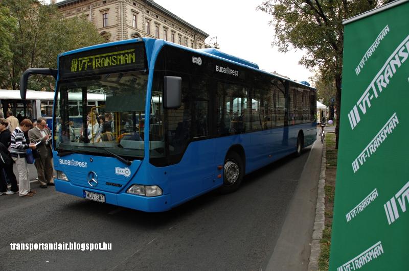VT-Transman Mercedes-Benz Citaro az Andrássy úton,új,kék színben