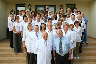 В ЛИСОД на постоянной основе работают зарубежные специалисты, имеющие большой опыт работы в крупных медицинских клиниках Германии и Израиля.