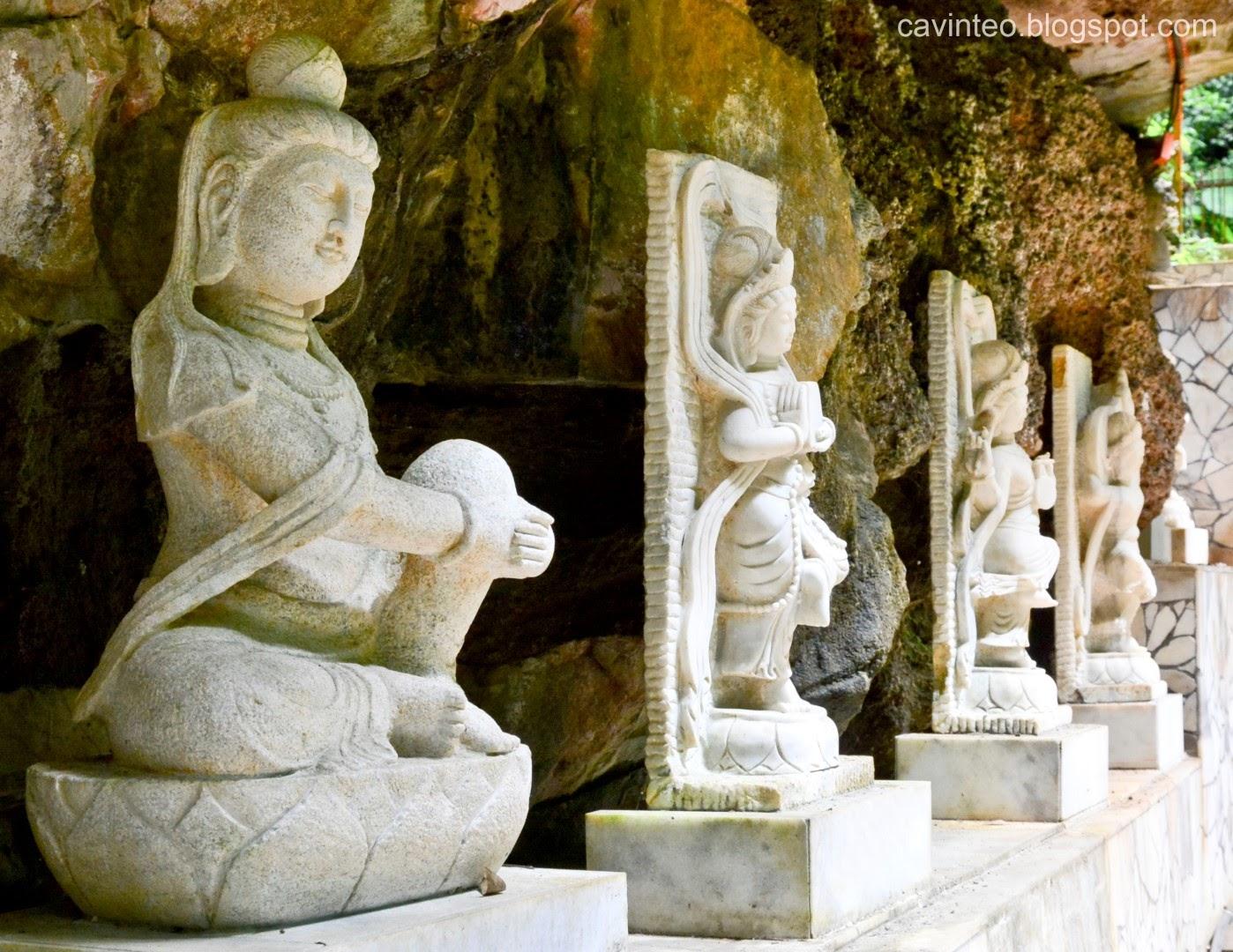 Entree kibbles sam poh tong temple 三寶佛洞 cavern of