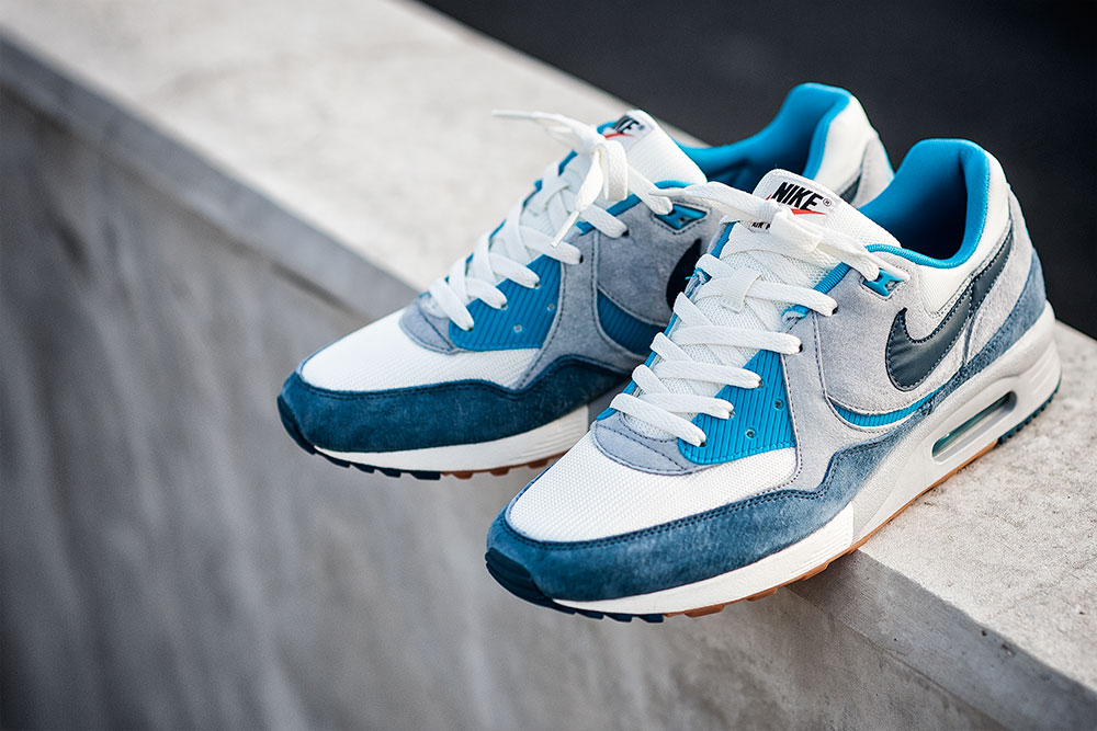 nike air max blue size 2