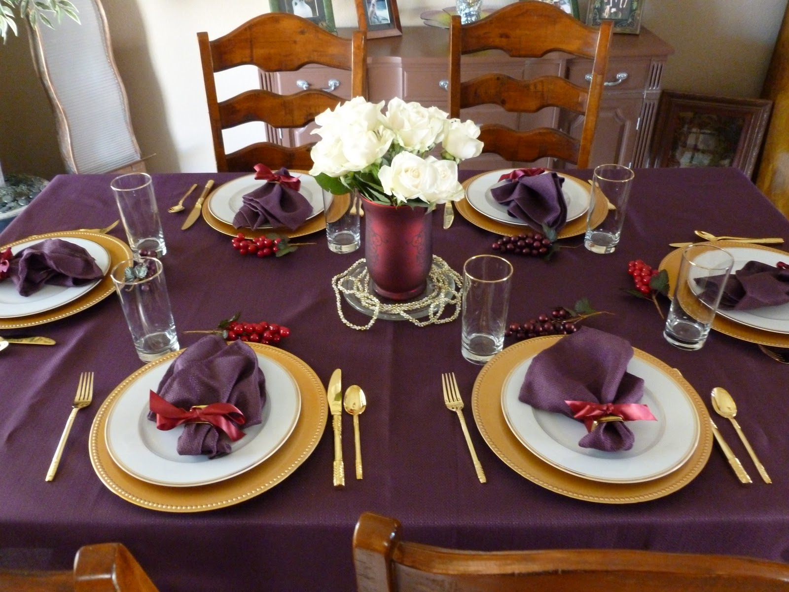 The lucky penny blog christmas feast family and friends Dinner table setting pictures