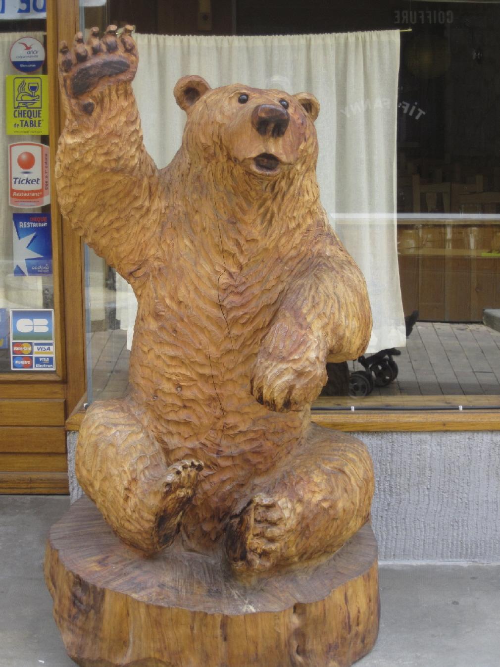 Sculpture sur bois à la tronçonneuse ~ Sculpter Le Bois