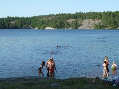 Bada vid Hellasgården