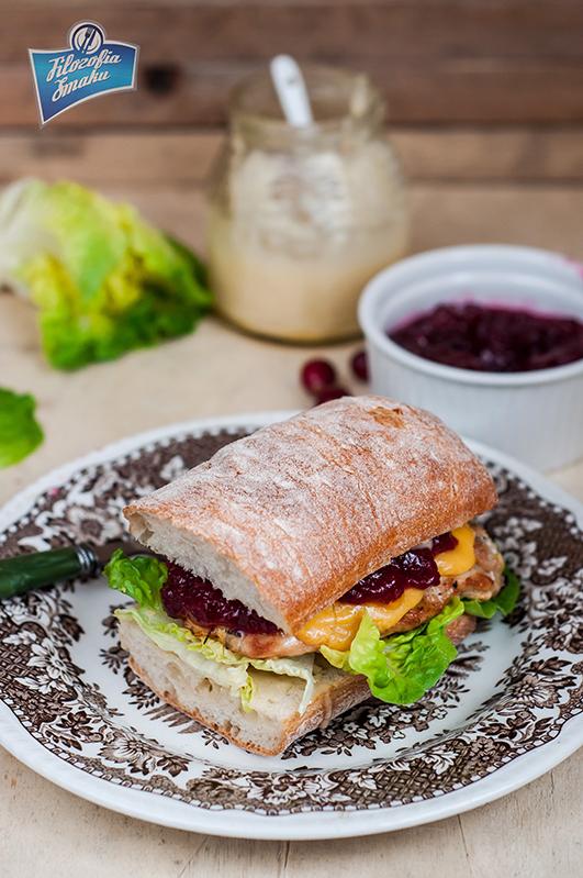 Przepis na kanapkę z indykiem i żurawiną