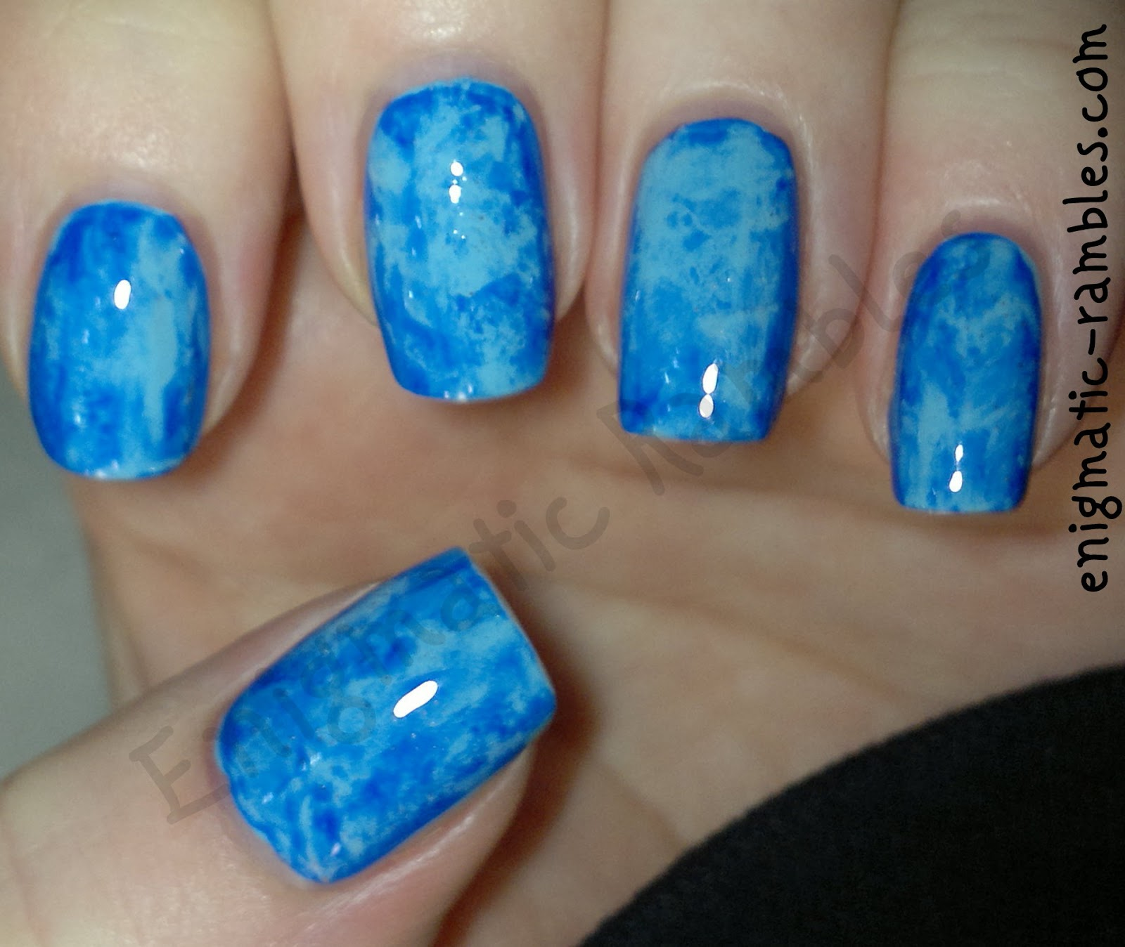 blue-marble-nails-maybelline-cool-blue-651-barry-m-blue-grape-317-saran-wrap-clingfilm