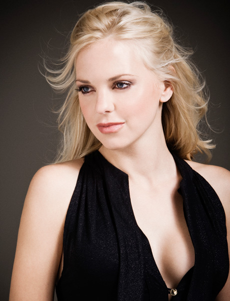 Anna Faris wallpaper h...