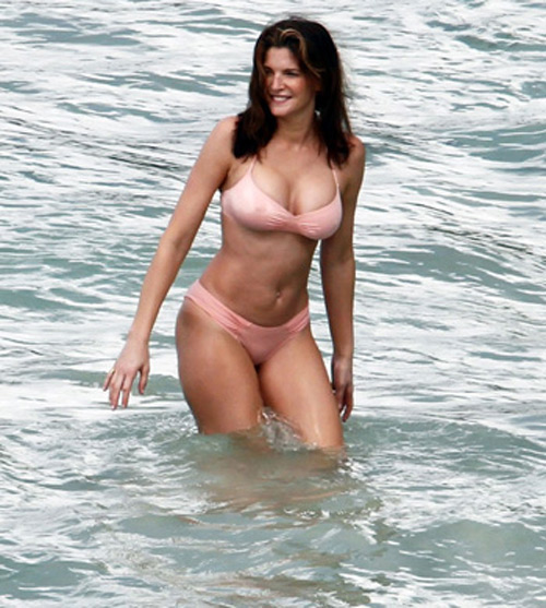 Stephanie Seymour - Super Model in Swimsuit   Global Buzz USA Sports Illustrated Swimsuit 1991