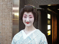 この春、同社社大を卒業、地方になった関東の美人。