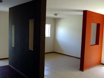 Decoraci n minimalista y contempor nea enero 2012 - Decoracion muros interiores ...