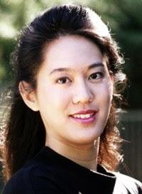 http://upload.wikimedia.org/wikipedia/en/1/1d/Iris_Chang.jpg