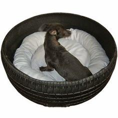 Cama para mascota con neumático