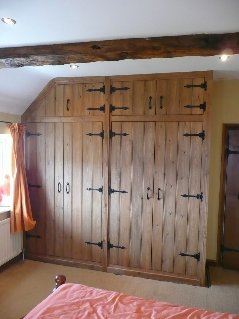 Mike paton carpentry wardrobe gallery