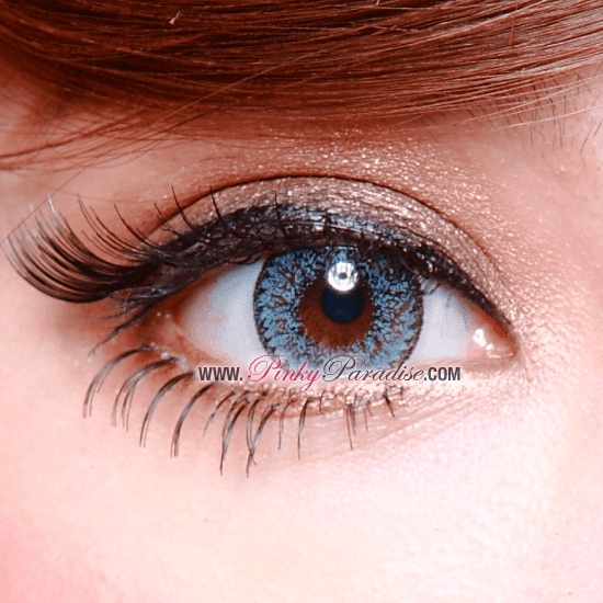 Geo Nudy Blue Circle Lenses (Colored Contacts) Closeup