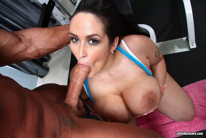 Wife willingly suck