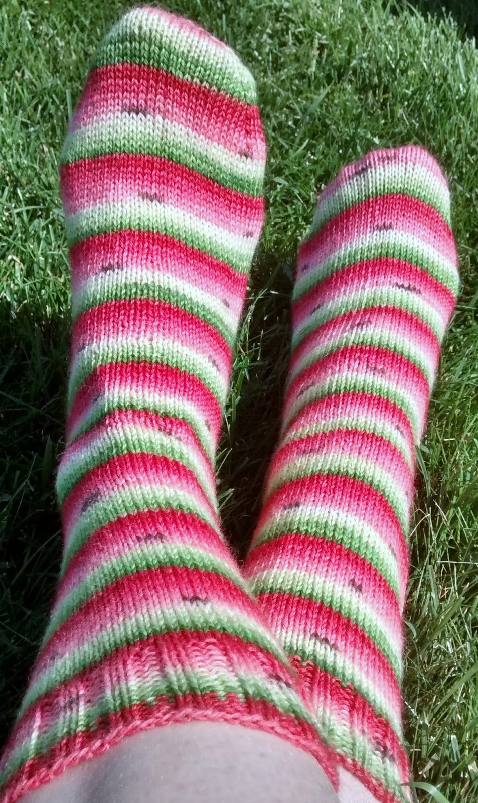 Knitting Pattern For Plain Socks : Anyone Can Knit...: FO: Plain Vanilla Socks