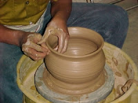 keramik – keramik merupakan kerajinan tangan yg memerlukan teknik ...