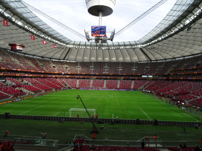 Espacio de lo posible final europa league estadio for Puerta 27 estadio nacional