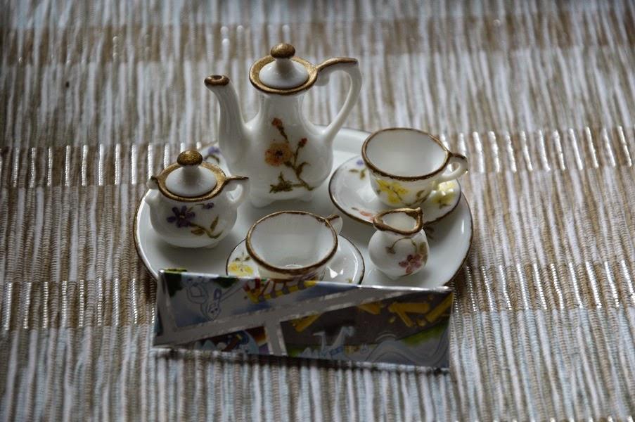miniaturowa porcelana