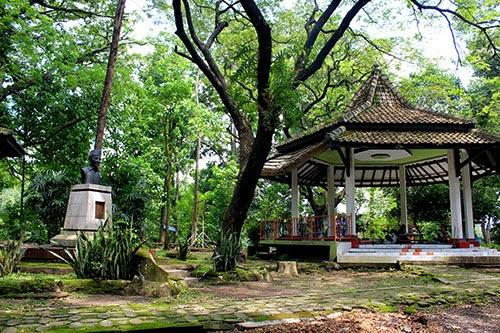 Gambar Taman Gesang di Kompleks Taman Satwa Taru Jurug Solo