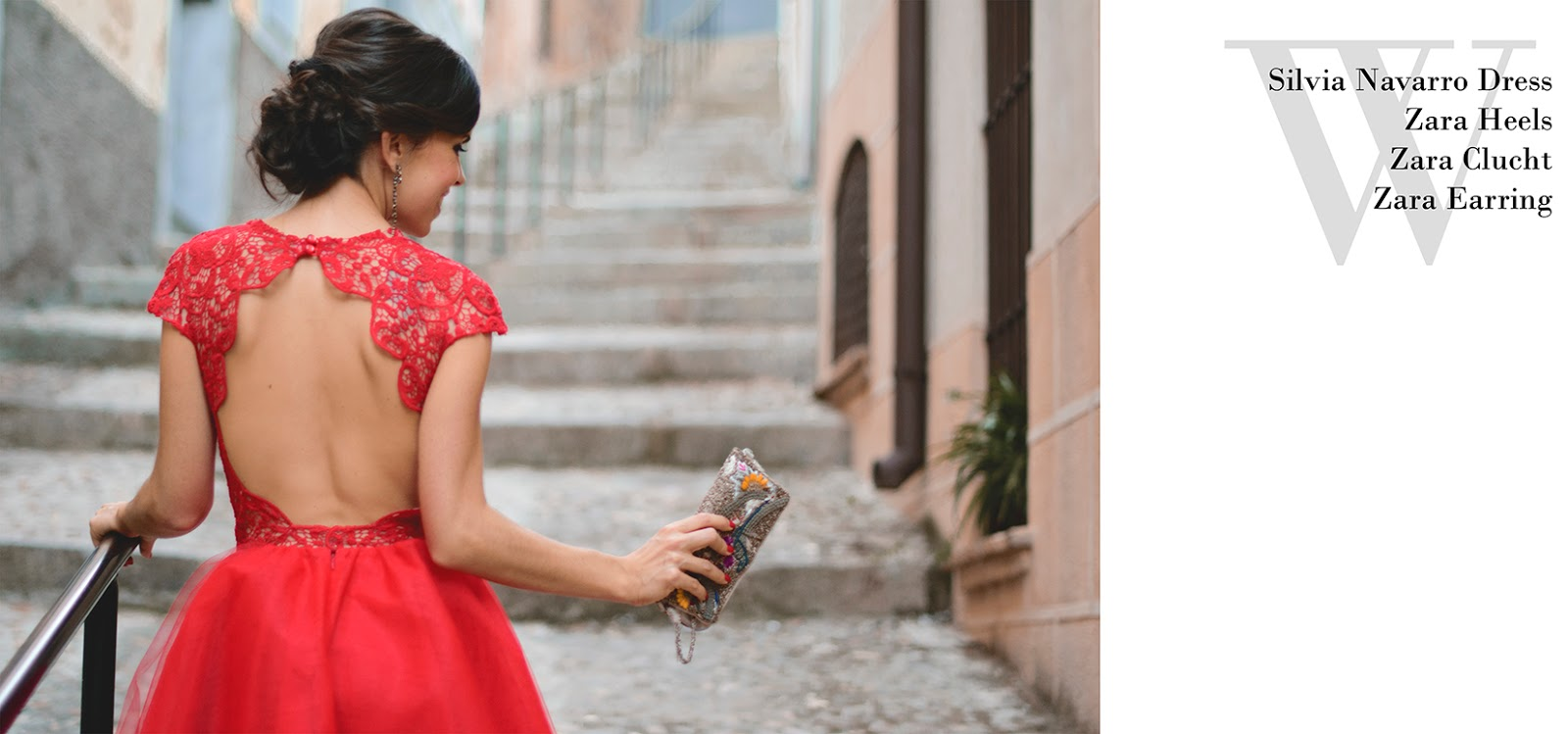 Look de boda con vestido rojo de Silvia Navarro