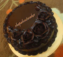 Cake: Chocolate Moist + Deco