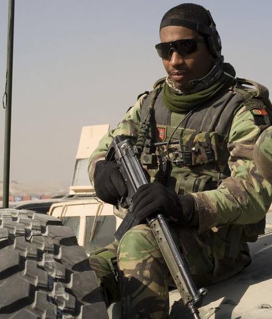 Beza Seragam Tentera 45 Negara