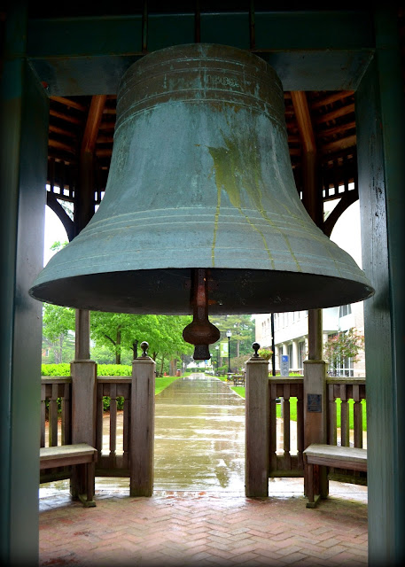 Campus Bell, Gordon College, Wenham, Massachusetts, sound, gazebo, rain