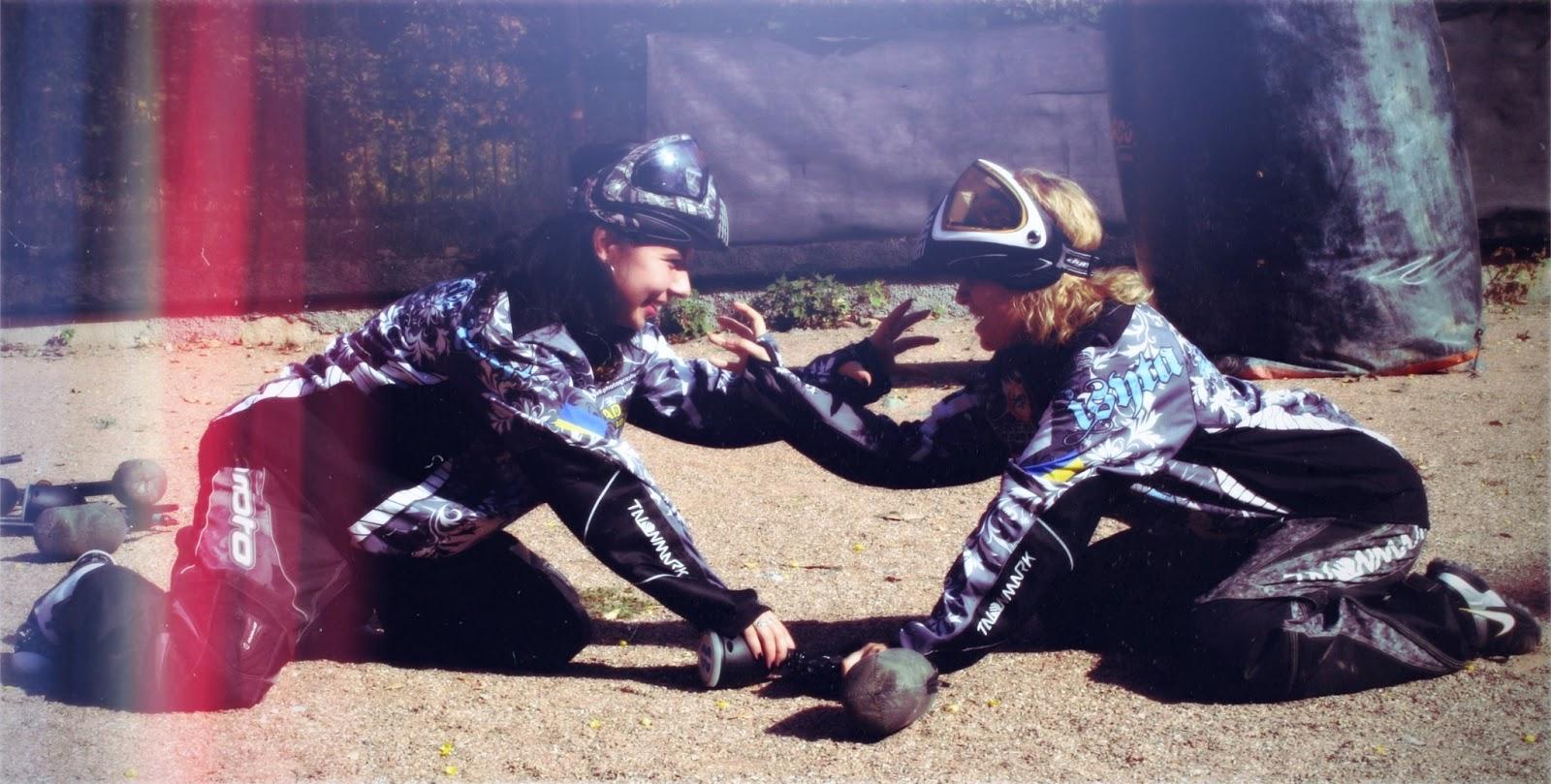 Пейнтбольная женская команда ИСИТА.